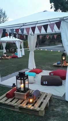 We really feel this has nailed the chillout look of a Gazebo party area - loving. We really feel this has nailed the chillout look of a Gazebo party area – loving the simplicity o Outdoor Parties, Garden Parties, Garden Party Decorations, Bonfire Night Party Decorations, Wedding Decorations, Indoor Garden Party, Backyard Party Decorations, Backyard Parties, Backyard Bbq