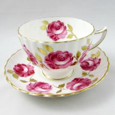 Made by Radfords, tea cup and saucer are covered in large pink roses with gold leaves. Gold trimming on the cup and saucer edges. Excellent condition (see photos). Markings read: Radfords Bone China Fenton Stoke-on-Trent Made in England Please bear in mind that these are vintage