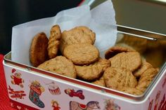 Myke smørkjeks med hvite bønner – Berit Nordstrand Cereal, Protein, Food And Drink, Snacks, Cookies, Baking, Breakfast, Healthy, Cake