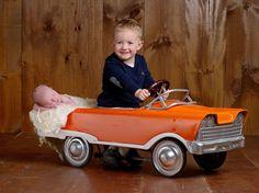 sibling newborn baby photo