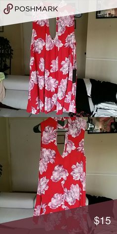 SWING DRESS Sleeveless Swing Dress from Forever 21 with Keyhole cut front and back. .Size small ..100% RAYON. .NEVER WORN Forever 21 Dresses Mini