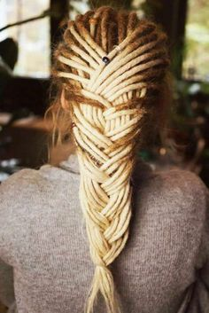 Pics Of Women Who Know How To Show Off Dreadlocks And Be Beautiful ★ How To Get Dreadlocks, Dreadlocks Blonde, Dreads Styles, Short Locs Hairstyles, Pretty Hairstyles, Amazing Hairstyles, Hairstyles Haircuts, Beautiful Dreadlocks, Beautiful Braids