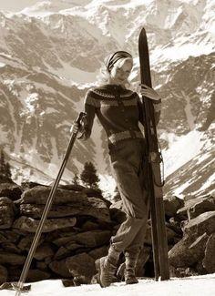 Alpine Skiing, Snow Skiing, Ski Ski, Apres Ski Party, Vintage Ski Posters, Ski Girl, Rando, Ski Fashion, Fashion Photo