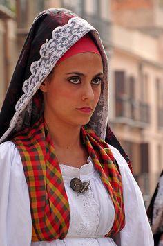 Dress from Cabras, Sardinia