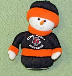 f4e3f4545fe Details about NHL Cincinnati Bengals Animated MUSICAL SNOWMAN Power Play  Hockey JINGLE BELLS