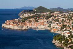 """dubrovnik"" von Bernd Hoyen #fotografie #photography #fotokunst #photoart #digitalart #stadt #städte #city #cities #panorama #skyline #ozean #ozeane #ocean #oceans #blau #blue #urban #stadtlandschaft #stadtlandschaften #cityscape #cityscapes #kroatien #croatia #dalmatien #dalmatia #dubrovnik"