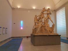 Installazioni di Laddie John Dill #AntiquitasInLuce Museo Archeologico Nazionale di #Napoli  #neon #LaddieJohnDill