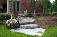 Harmonious: Rustic de Rigueur Moss Garden, Landscape Design, Grass, Patio, Rustic, Architecture, Outdoor Decor, Modern, Projects