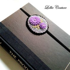 Happy Birthday To Teacher, Birthday Gifts, Felt Flowers, Purple Flowers, Felt Bookmark, College Gifts, Unique Gifts, Handmade Gifts, Book Club Books