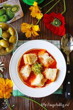 Вегетарианский суп-пюре из помидоров на греческий мотив. Пошаговый фото-рецепт. #soup, #food, #tomatoes, #olive, #vegan, #vegetables, #vegetarian, #recipe
