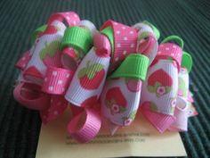 How to make ribbon bows Making Hair Bows, Diy Hair Bows, Bow Making, Hair Ribbons, Ribbon Bows, How To Make Hair, How To Make Bows, Kids Crafts, Hair Decorations