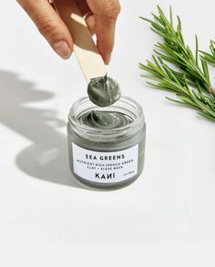 homemade face lotion Wrap your face in the detoxifying and nourishing power of algae. This luxurious mask gently exfoliates with real leaves of sea kelp and delivers powerful antio E Cosmetics, Natural Cosmetics, Steaming Your Face, Face Mapping, Green Algae, Face Mist, Clay Masks, Clay Face Mask, Branding