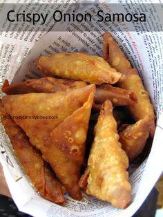 Crispy Onion Samosa - Looks more authentic Indian Veg Recipes, Indian Snacks, Savory Snacks, Snack Recipes, Cooking Recipes, Yummy Recipes, Samosas, Empanadas, Fried Fish Recipes