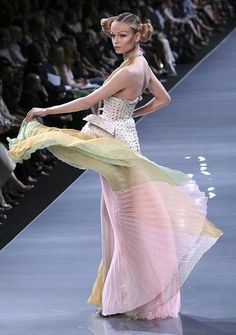 Christian Dior Autumn Winter 2008/2009 Haute Couture Collection