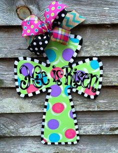This listing is for an adorable wooden cross. This item can be personalized with any phrase or name. Alternate color combinations are also