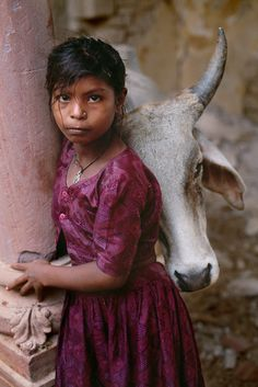 Gujarat, India / Photography by Steve McCurry / Here you can download Steve's FREE PDF Catalog and order PRINTS /stevemccurry.com/...