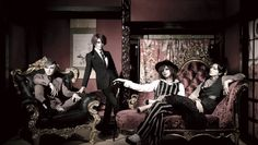 LIPHLICH's new look!