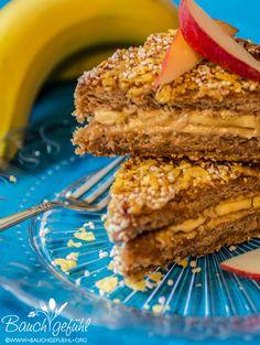 Berlin Toast vegan - Breakfast Toast with Crunch und Cashewbutter Recipe from Attila Hildmanns Vegan for fit