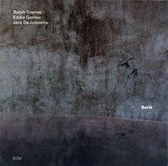 1121 Ralph Towner - Batik