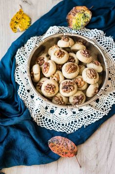 Biscotti senza burro alla tahina e olio evo % Marzia Fine Dining Tahini, Fine Dining, Biscotti Vegan, Hummus, Food Photography, Olive, Cookies, Breakfast, Ethnic Recipes