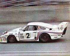 R.Stommelen / R.Joest / V.Merl - (Porsche 935) vainqueur des 24 Heures de Daytona 1980 - sport auto mars 1980.
