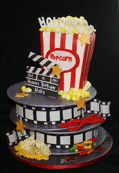 VIP Movie Cake ) ) movie cake for Tristan….Great to have, then send kid to the theater with friends (for older kids, of course) Crazy Cakes, Fancy Cakes, Cute Cakes, Pretty Cakes, Beautiful Cakes, Amazing Cakes, Movie Theme Cake, Movie Cakes, Movie Party