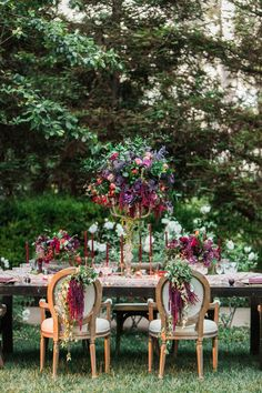 enchanted garden reception - photo by Gloria Mesa Photography http://ruffledblog.com/organic-and-intimate-wedding-in-arizona