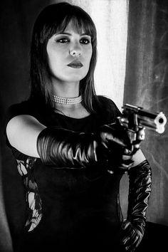 Female Assassin, Gloves Fashion, Black Leather Gloves, You Go Girl, Pulp, Digital Art Girl, Black Canary, Women's Gloves, Beautiful Women