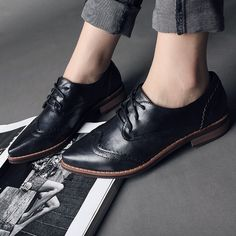 Find More Women's Flats Information about PLUS Size 34 41 Brogue Oxford Shoes Women Flats New Spring 2016 Fashion Women Shoes sapatos femininos sapatilhas zapatos mujer,High Quality oxford frame,China oxford color Suppliers, Cheap shoes taiwan from Fashion Boutique Discount Stores on Aliexpress.com