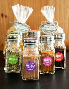 Homemade Popcorn Seasonings and fantastic seasoning on everything. Makes excellent gifts Homemade Popcorn Seasoning, Flavored Popcorn, Popcorn Bar, Homemade Spices, Homemade Seasonings, Popcorn Recipes, Snack Recipes, Cooking Recipes, Snacks