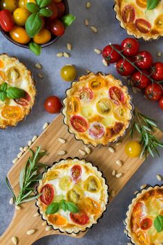 Mozarella, Tomate Mozzarella, Desserts For A Crowd, Fancy Desserts, Dessert Presentation, Aperol, Winter Dinner Recipes, Winter Food, Quick Easy Meals