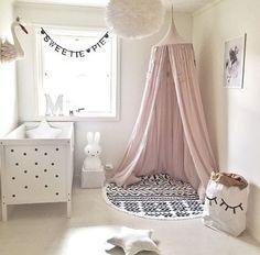 Decorar la habitación de bebé con un precioso dosel - http://decoracionbebes.com/decorar-la-habitacion-bebe-precioso-dosel/