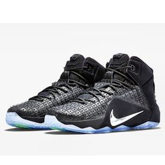 3dffb1bb3022a1 Official Look At The Nike Hyperdunk X Black White