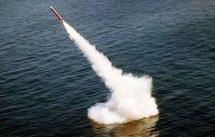 Με δοκιμές πυραύλων απαντά ο Πούτιν στην επιμονή της Μέρκελ για νέες κυρώσεις στη Ρωσία
