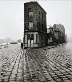 Au Bon Coin, quai du Port, Saint-Denis - Robert Doisneau, 1945