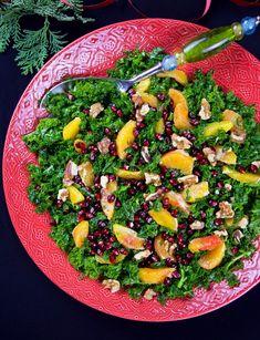 Grönkålssallad - ZEINAS KITCHEN Raw Food Recipes, Veggie Recipes, Healthy Recipes, Zeina, Xmas Food, Recipes From Heaven, Food Inspiration, Love Food, Frisk