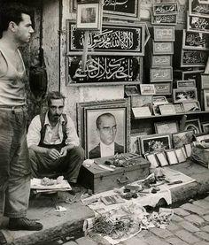 street vendor in Istanbul (1950s) #istanlook
