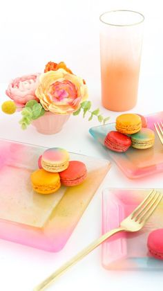DIY Gradient ombre plates for everyday use - food safe way to paint a plate -
