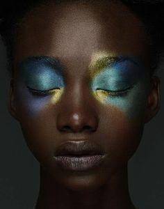 Dark skin luminous make-up