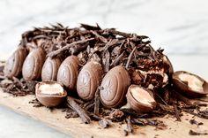 Cadbury Creme Egg Roulade | Easter Recipes | by Foodieeshe.com