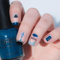 We love this negative space design from @jennieshaw using ORLY Makeup To Breakup!