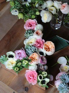 DIY Floral Letters // HonestlyYUM