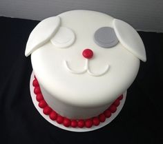 Awwww, a Sugar cake! Made by our good friends Sugar Britches Cakes! You can this adorable cake - or any other that the gifted bakers can make - for 20% off with mention of Active Moms!