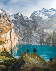 The 10 Best Hikes in Switzerland - oescheninsee lake surrounded by the swiss alps - Switzerland Summer, Places In Switzerland, Visit Switzerland, Lucerne Switzerland, Hetalia Switzerland, Grindelwald Switzerland, Zermatt, Switzerland Wallpaper, Viajes