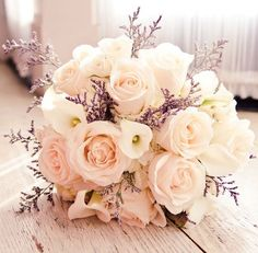 Simple but beautiful | Brautstrauß . bridal bouquet | Rheinland . Eifel . Koblenz . Gut Nettehammer |