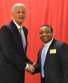 Stedman Graham Encourages Crowd to Become Leaders