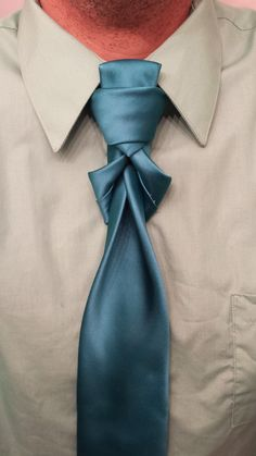 How to tie a tie backwards necktie knot subscribe for 100 necktie how to tie a tie backwards necktie knot subscribe for 100 necktie knots scarves ties pinterest necktie knots mens fashion and fashion ccuart Image collections