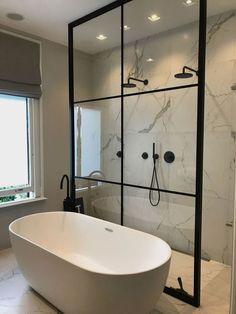 Incredible Small Bathroom Style That Will Rock Your Home – - DIY Badezimmer Dekor Large Bathrooms, Amazing Bathrooms, Small Spa Bathroom, Dream Bathrooms, Modern Bathrooms, Spa Bathrooms, Small Bathtub, Luxury Bathrooms, Bathroom Toilets