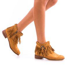 Ghete de dama Amalia Camel Oxford Shoes, Casual, Women, Fashion, Moda, Women's, Fashion Styles, Oxford Shoe, Woman