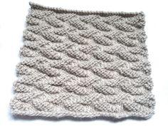 J'ai découvert un point au tricot trop mignon!  Un joli motif de feuilles facile à faire…  De par sa texture, il serait parfait pour une couverture bien moelleuse et chaude.